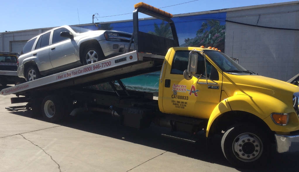Cash For Cars Sacramento premium Flatbed Tow Truck